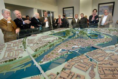 Grand projet Meinerswijk-Stadsblokken Arnheim zurück als Modell